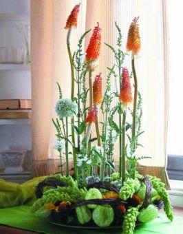 beauté et sérénité pour cet art floral japonais
