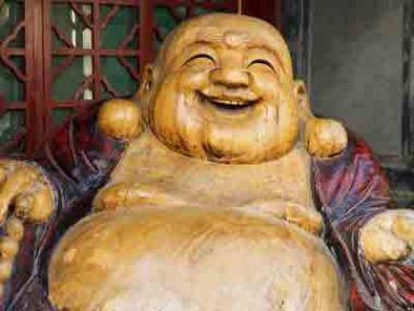 Le bouddha rieur est toujours jovial et souriant