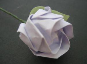 la rose en papier, autre classique de l'origami japonais