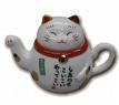 un chat maneki neko en théière pour étonner les invités